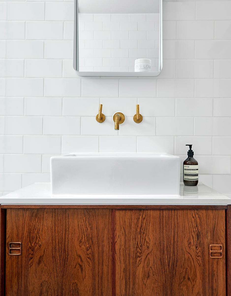 Mid Century Modern Bathroom.jpg