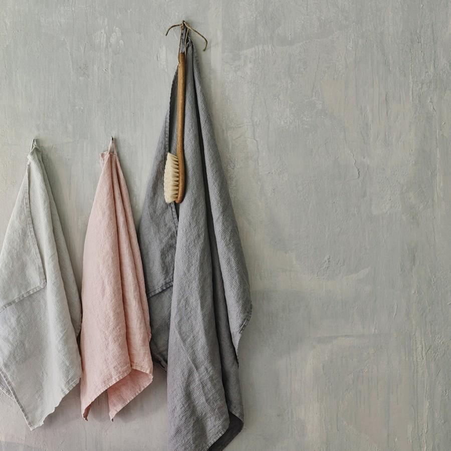Linen Waffle Bath Towel