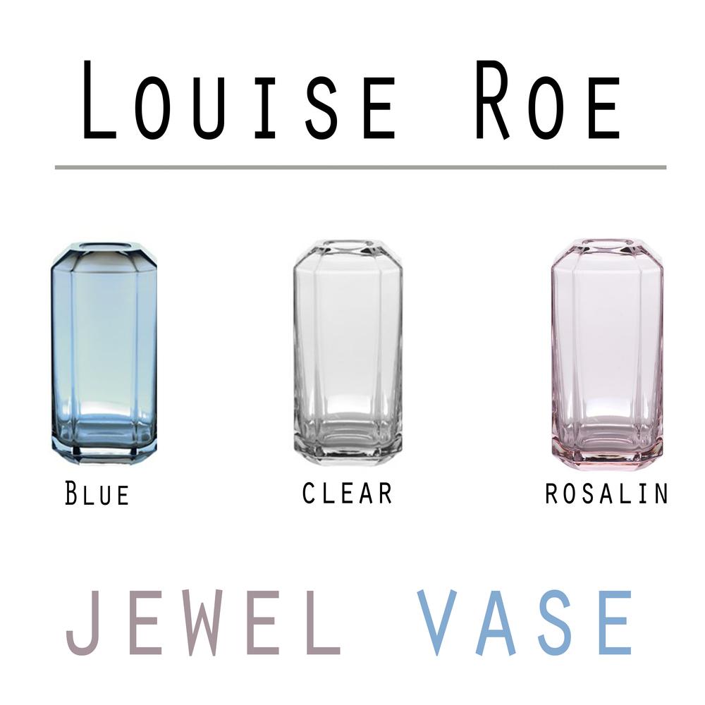 Louise Roe - Jewel vaserne er super smukke og perfekte til årets mors dags buket! De fåes i str: 16 cm til 399,- og 20 cm til 799,- Du kan finde vaserne i både Blå, klar og rosa hos Livingshop!
