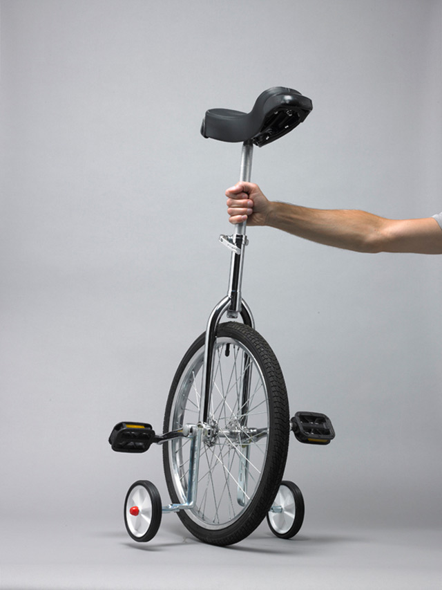 vaacuum :       Unicycle & Stabilisers  |  Daniel Eatock  (2011)      It's a tricycle.