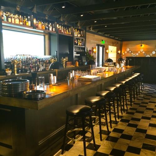 Bar at The Farmer & the Fox