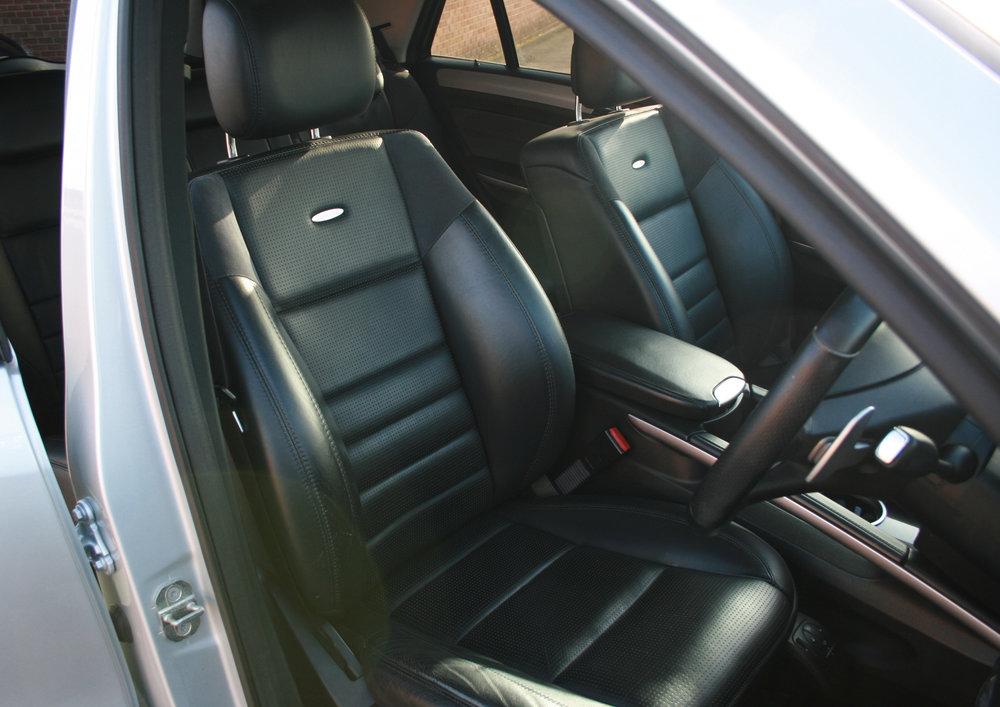 FRONT SEATS 1.jpg