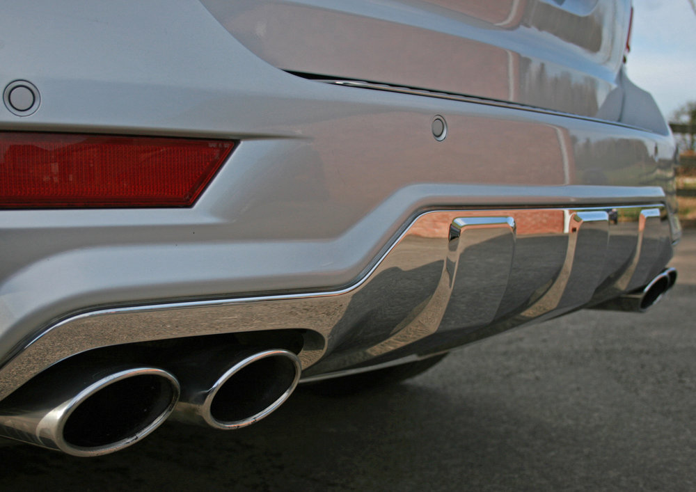 REAR PIPES.jpg