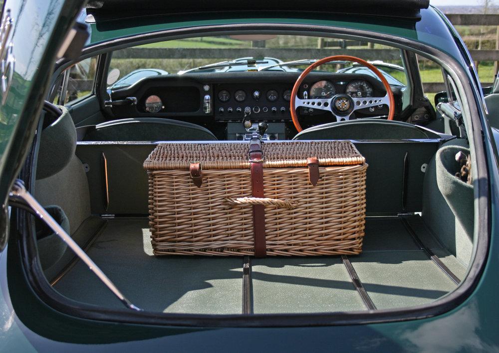 rear hatch and dash.jpg
