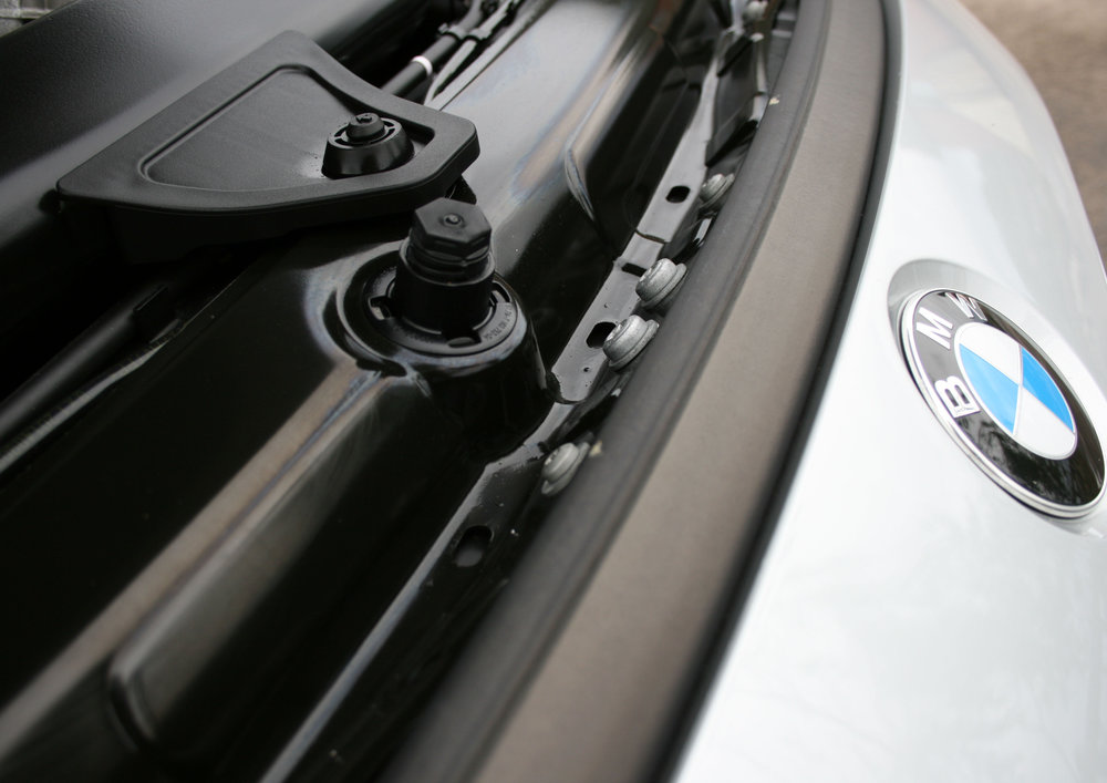 detail bonnet catch.jpg
