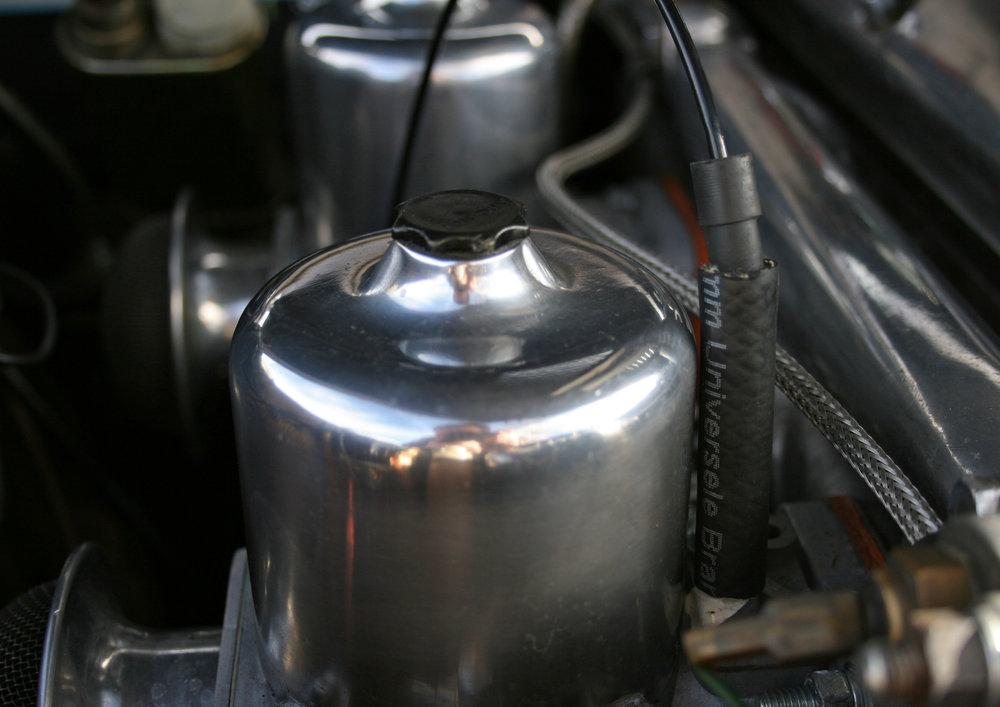 ENGINE CARBS.jpg
