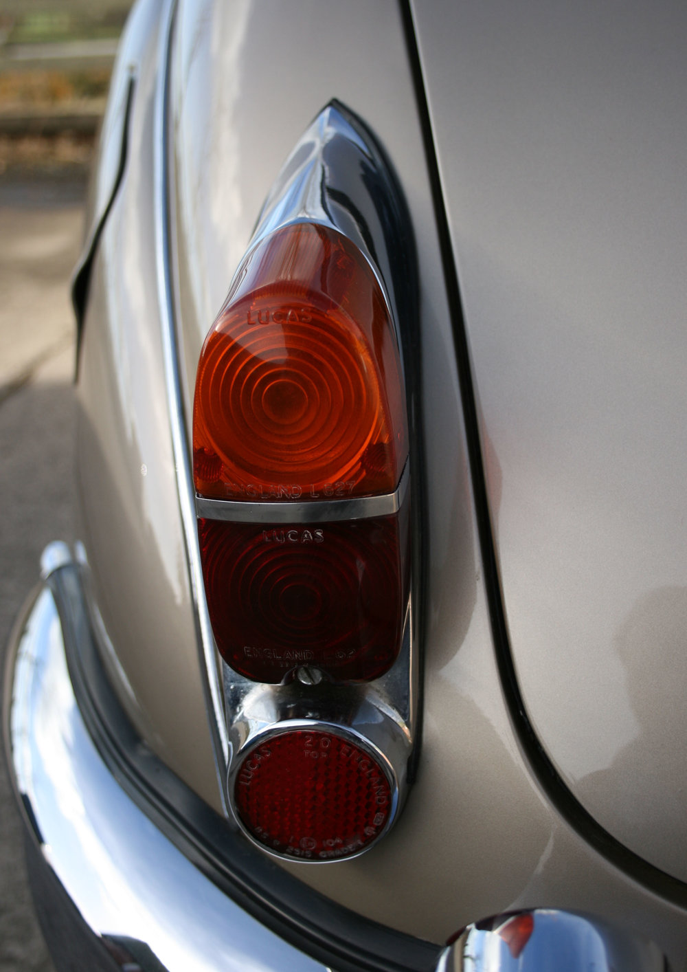 DETAIL REAR LIGHT.jpg