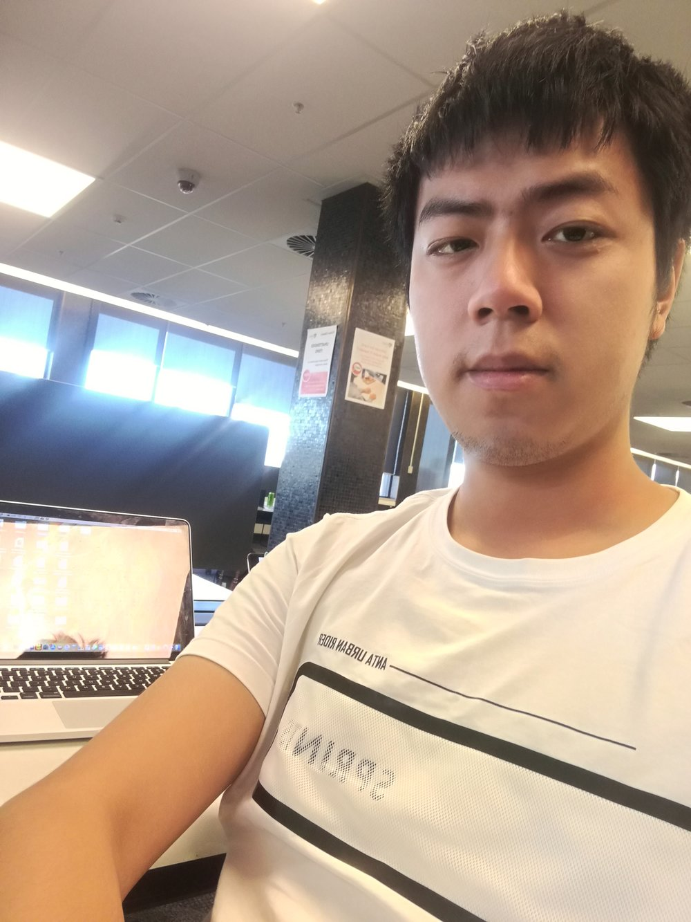 Rui Cao is a master student in the university of Sydney supervised by professor Jaime Gongora. He is working on the population genetics in Australian freshwater crocodile Crocodylus johsntoni.