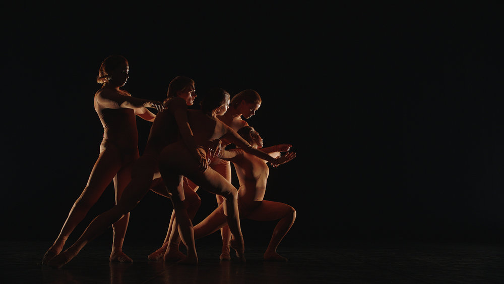 Chtchoukine_Matisse_la_Danse_et_la_Musique_by_Saskia_Boddeke& Peter_Greenaway_00.jpg
