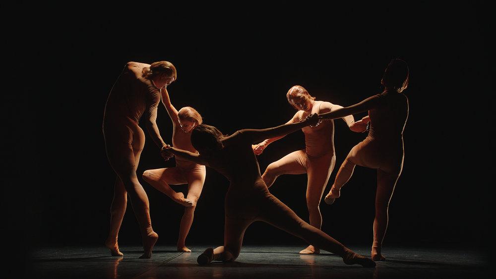 Chtchoukine_Matisse_la_Danse_et_la_Musique_by_Saskia_Boddeke& Peter_Greenaway_02.jpg