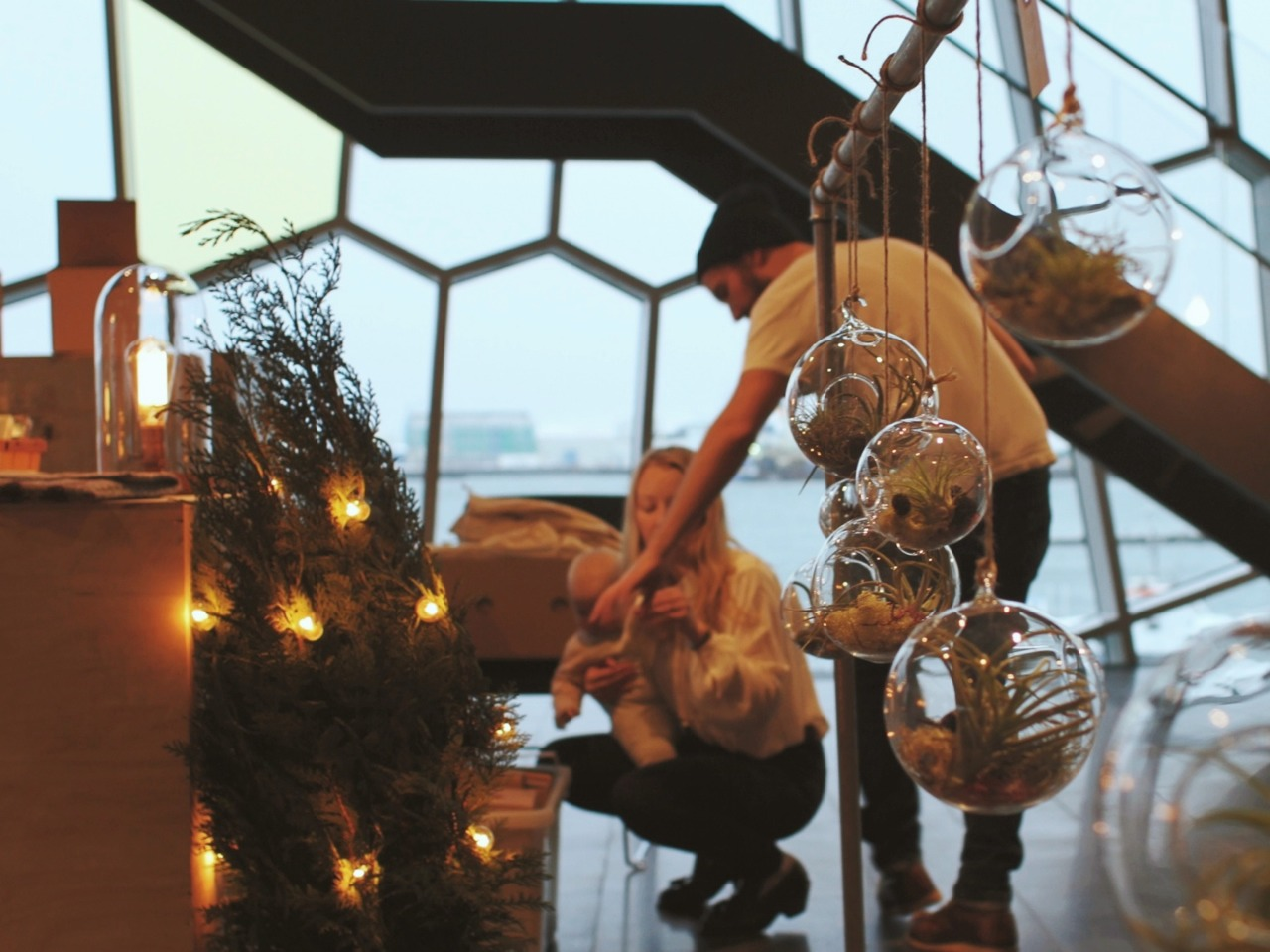 Setting up holiday pop-up shop in Harpa…