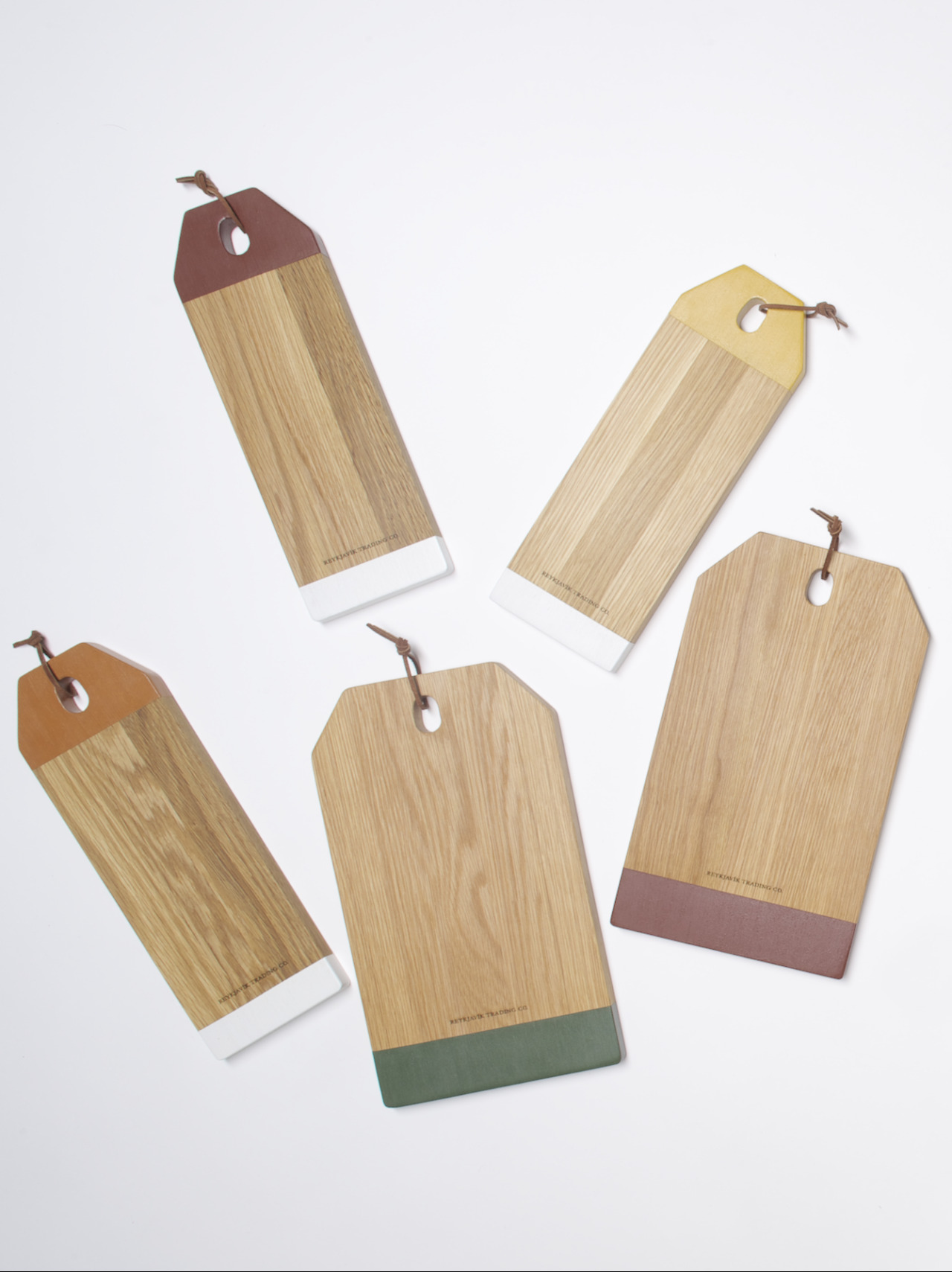 We introduced this week new colors to our Colorblocked Oak Serving Boards.   Kentucky-grown oak board handcrafted & painted in Iceland with natural food-safe milk paint.