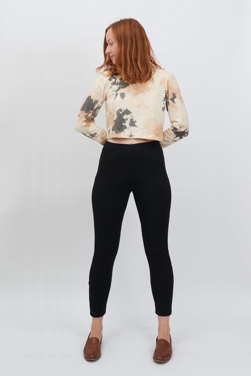 Leggings-black-front.jpg