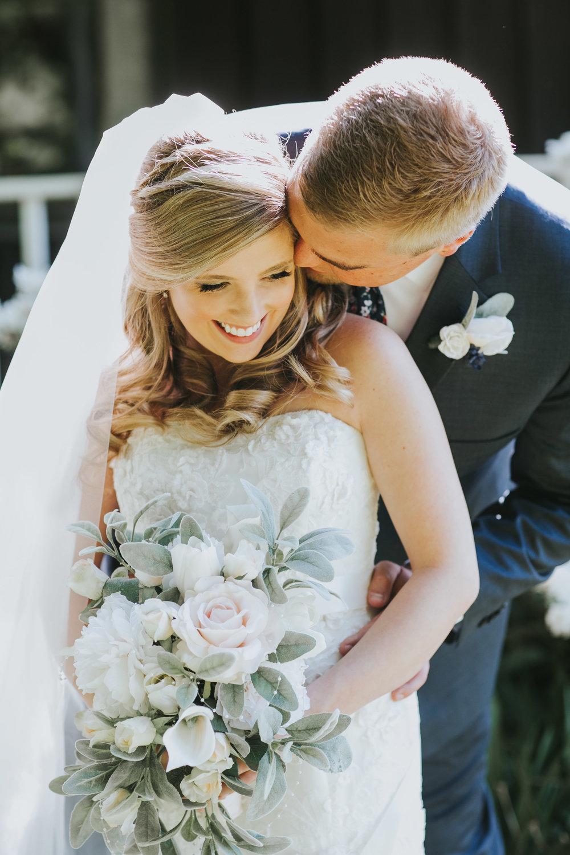 Quincy Cellars Wedding 1053.jpg