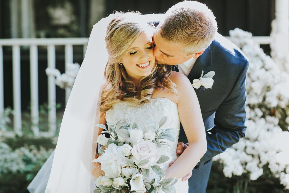 Quincy Cellars Wedding 1054.jpg