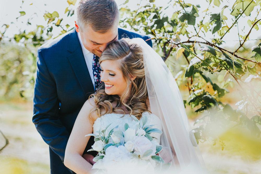 Quincy Cellars Wedding 1063.jpg