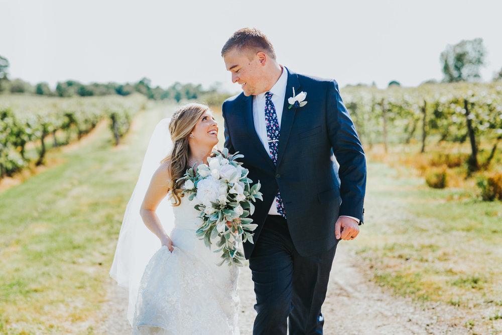 Quincy Cellars Wedding 1064.jpg