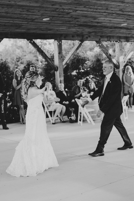 Quincy Cellars Wedding 1099.jpg