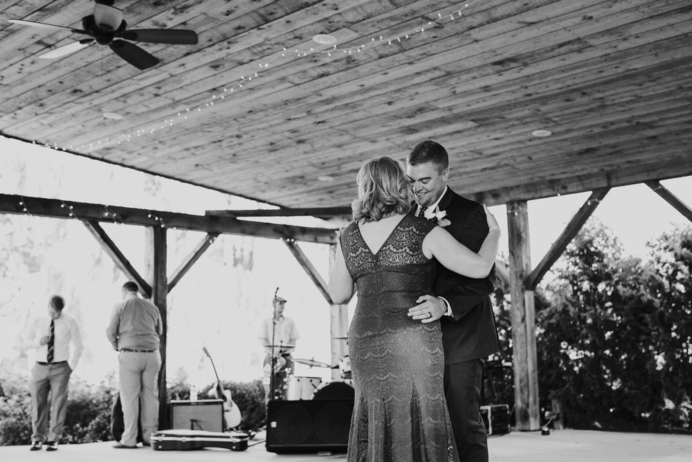 Quincy Cellars Wedding 1100.jpg