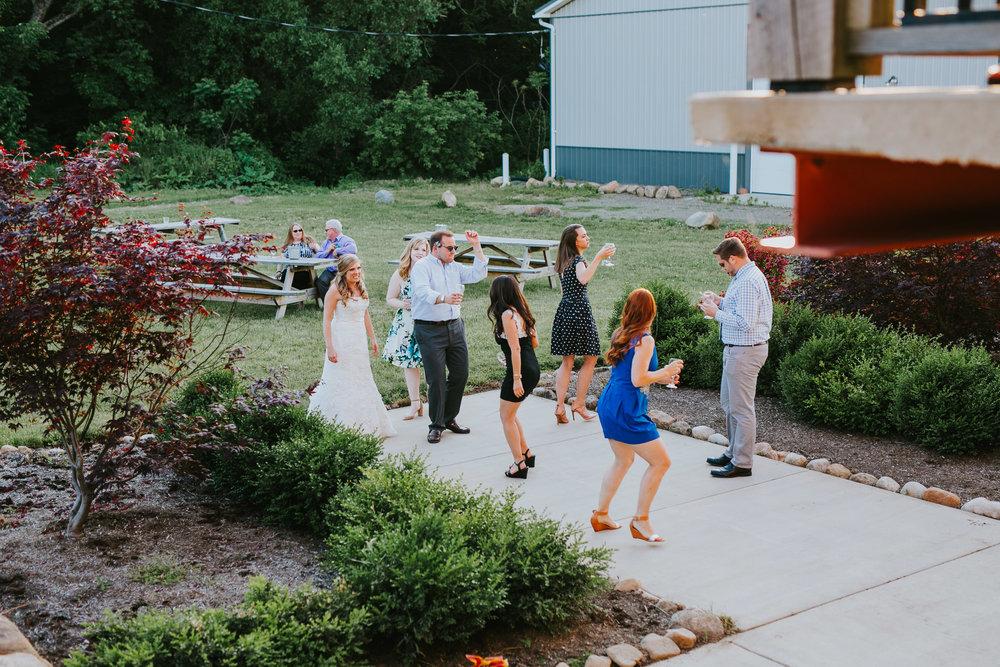 Quincy Cellars Wedding 1106.jpg