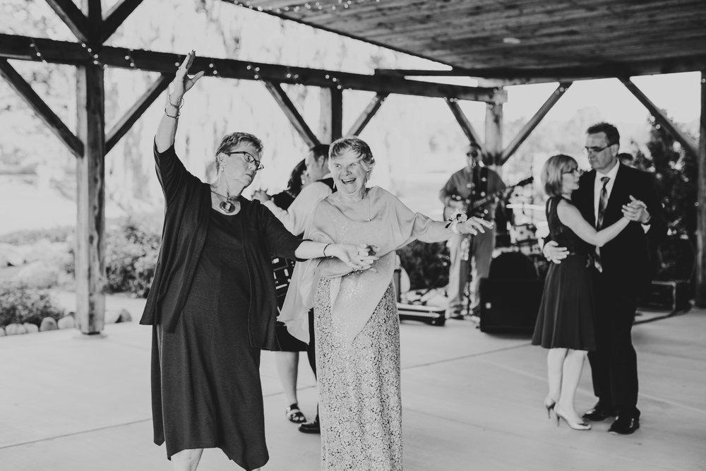 Quincy Cellars Wedding 1114.jpg