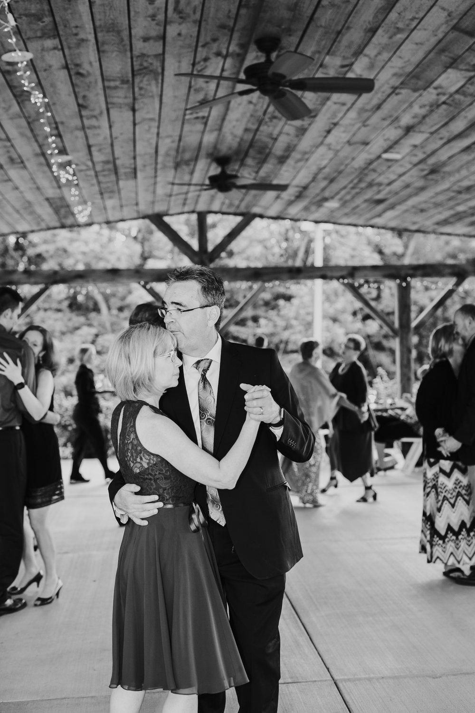Quincy Cellars Wedding 1116.jpg