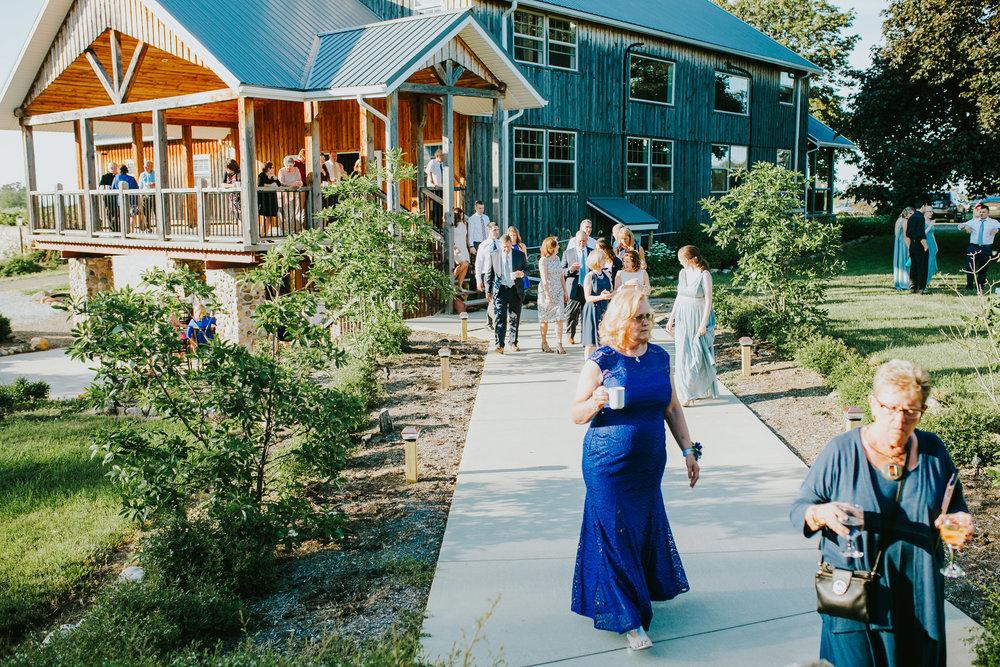Quincy Cellars Wedding 1132.jpg