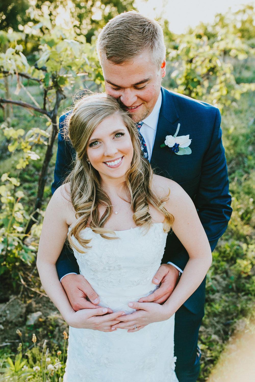 Quincy Cellars Wedding 1155.jpg