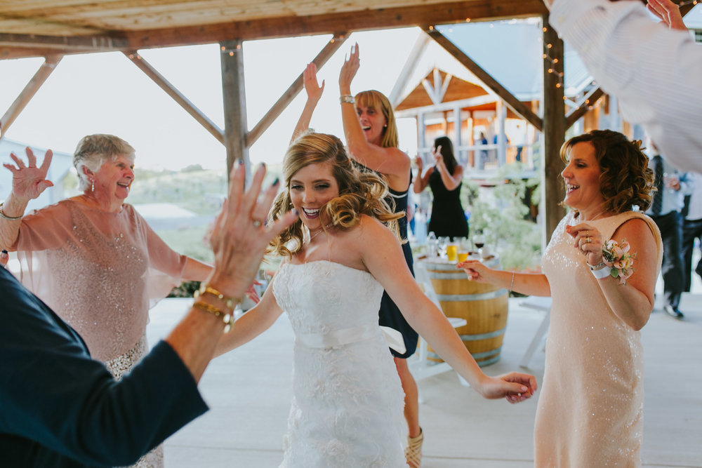 Quincy Cellars Wedding 1167.jpg