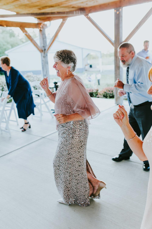 Quincy Cellars Wedding 1169.jpg