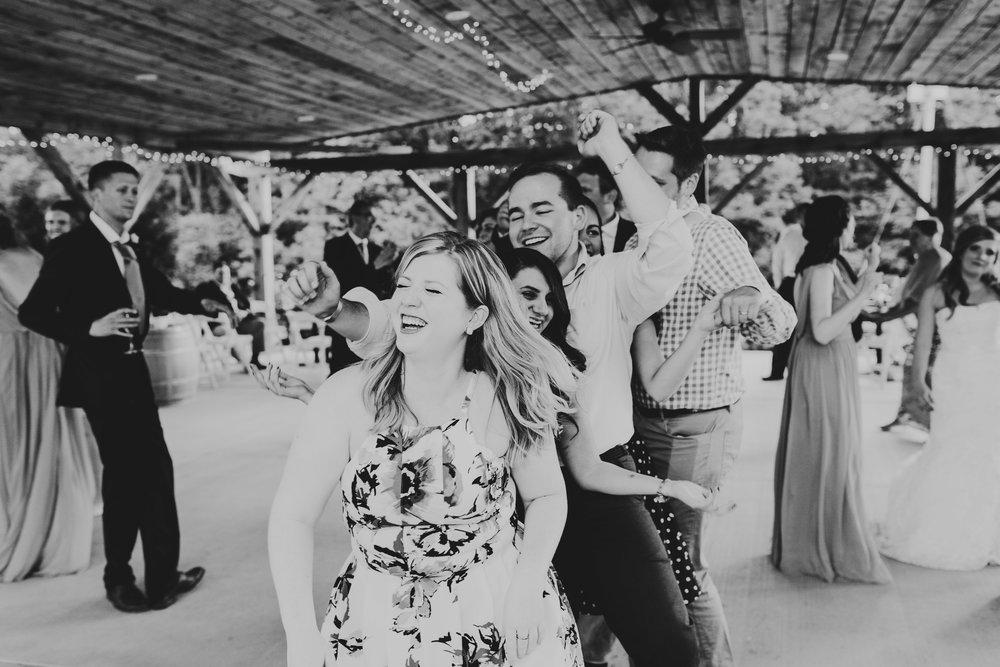 Quincy Cellars Wedding 1175.jpg