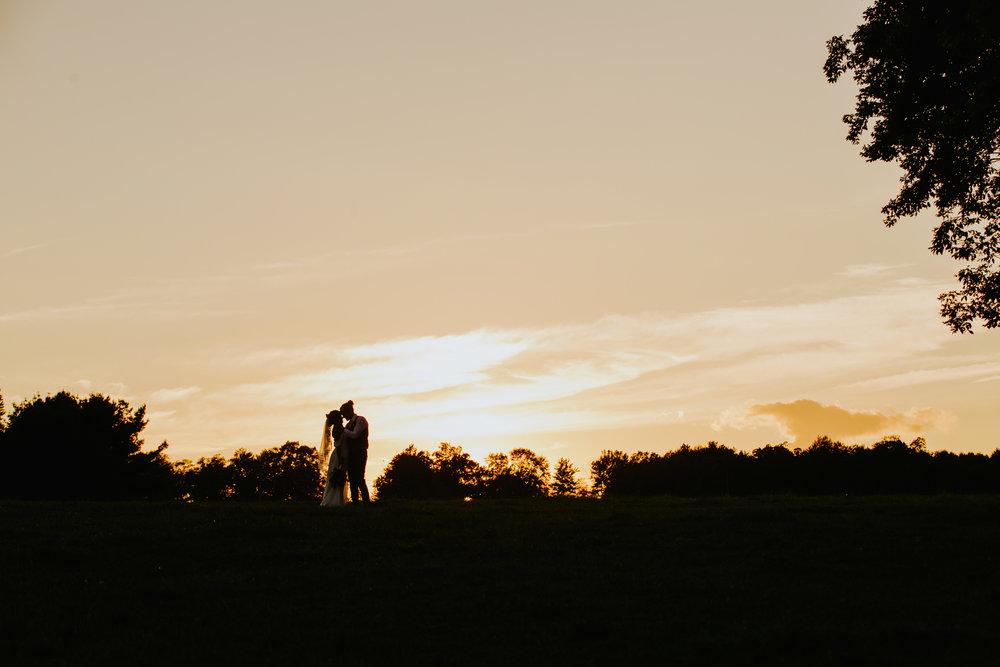 PittsburghWeddingPhotographer-106.jpg