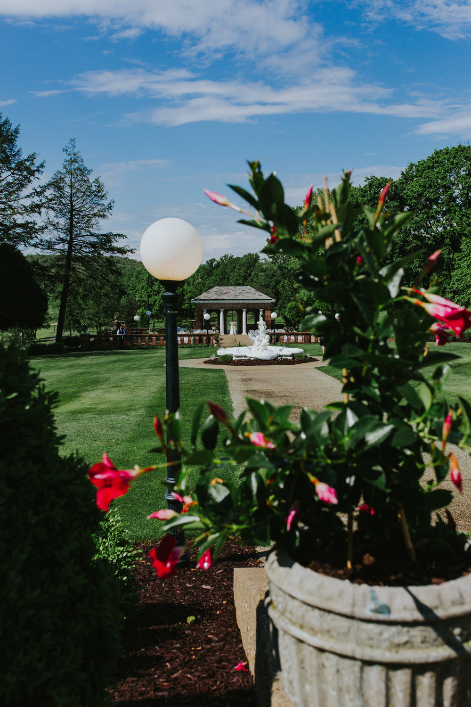 Linden Hall PA Wedding Ceremony2.jpg