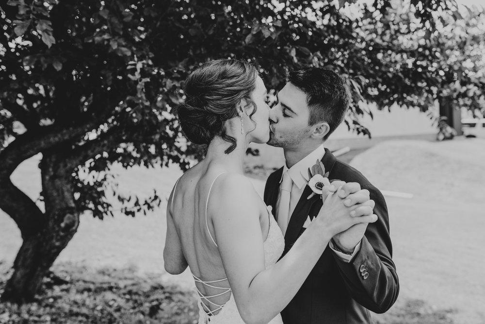 Pittsburgh Wedding Photographer29.jpg