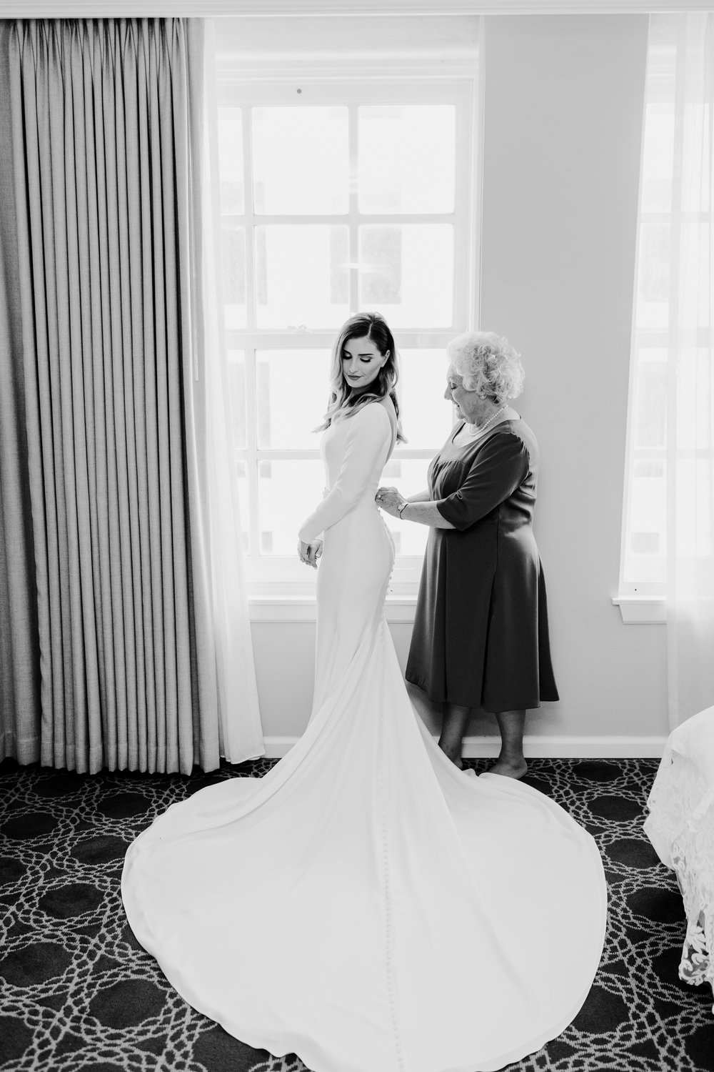 New Orleans Wedding Photographer Bride Getting Ready 8.jpg