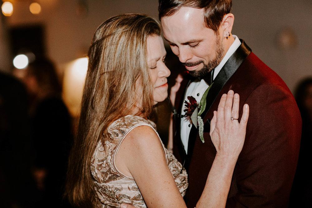 New Orleans Wedding Photographer Catahoula Hotel Wedding Ashley Biltz Photography-77.jpg