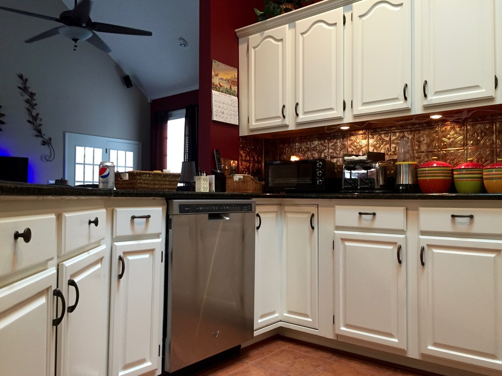 KITCHEN CABINETS — BENJAMIN MOORE ADVANCE, SPRAYED