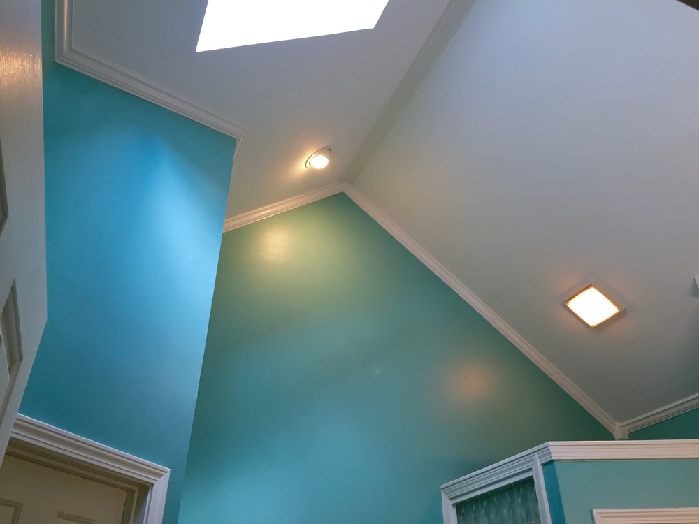 CEILING:  POPCORN TEXTURE REMOVAL, DRYWALL REPAIR, CROWN MOLDING PAINTED WHITE