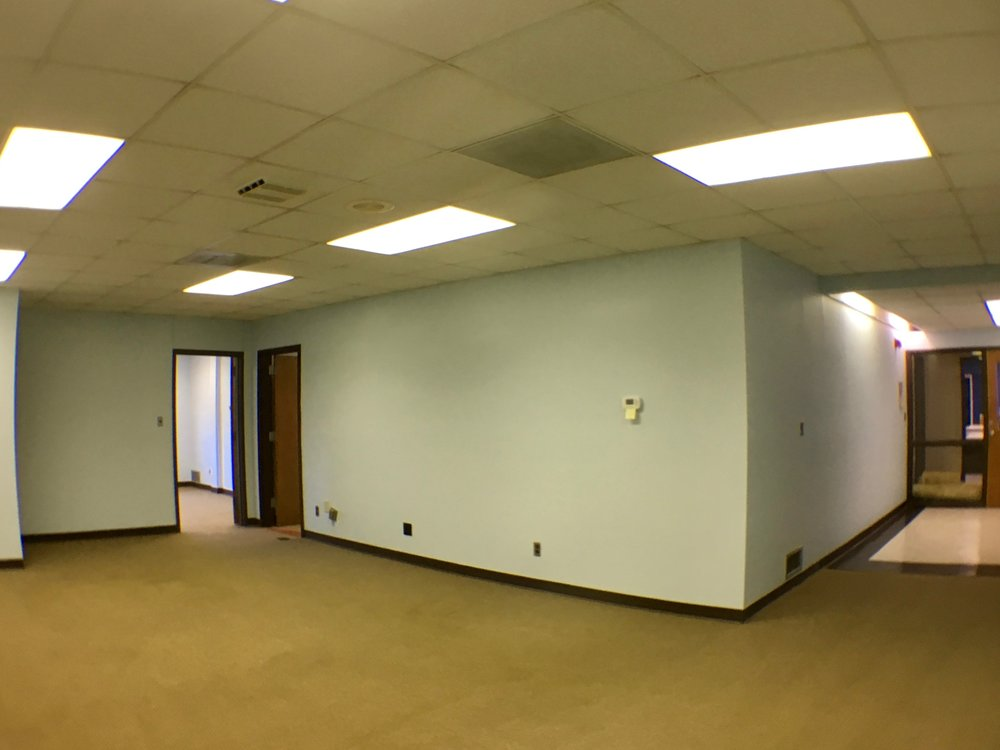 COMMERCIAL SPACE: WALLS, REPAIR & PAINT / BENJAMIN MOORE REGAL SELECT MATTE 'BREATH OF FRESH AIR', ROLLED