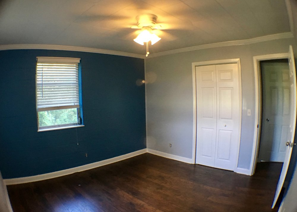 INTERIOR REPAINT: CEILING, WALLS, & TRIM / BENJAMIN MOORE AURA, SPRAYED