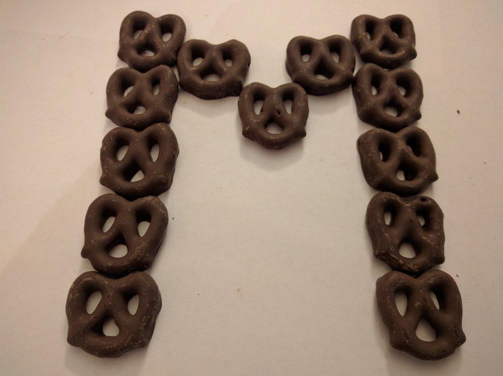 pretzel m.jpg