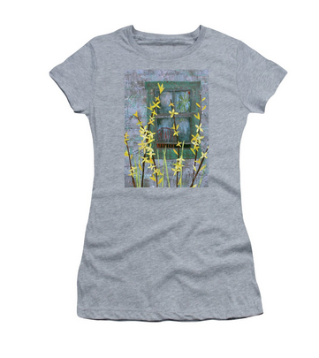 Forsythia T-shirt available  here .