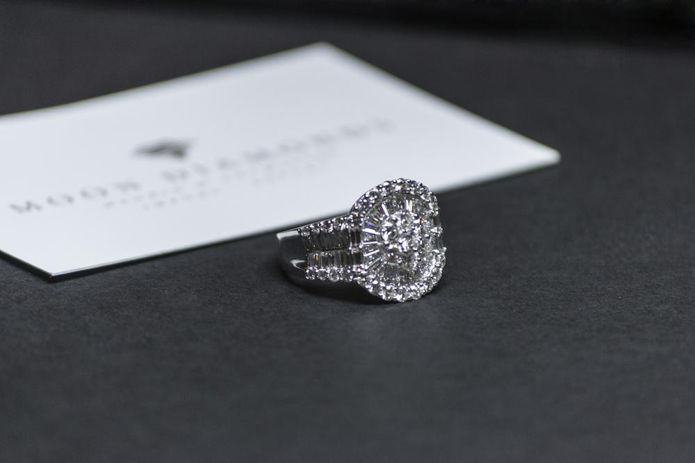 8. Regala la eternidad, un diamante Moon Diamonds es para siempre.