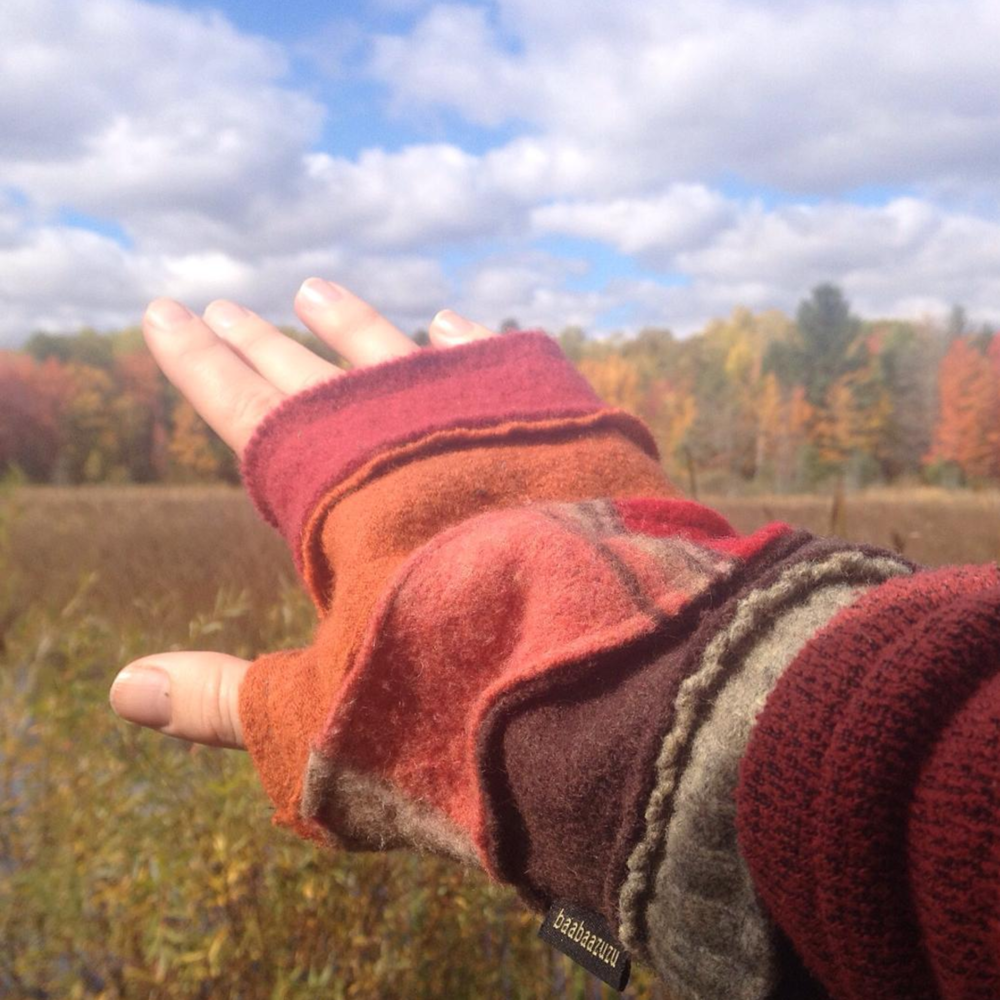 Two Fish Gallery | BaaBaazuzu Fingerless Glove | Leland MI