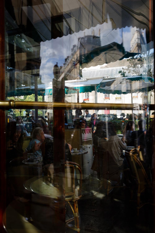 Brasserie Les Deux Magots in Paris
