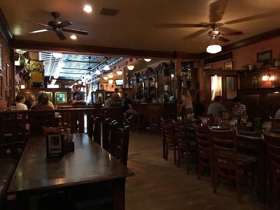 jack-quinn-s-irish-pub.jpg