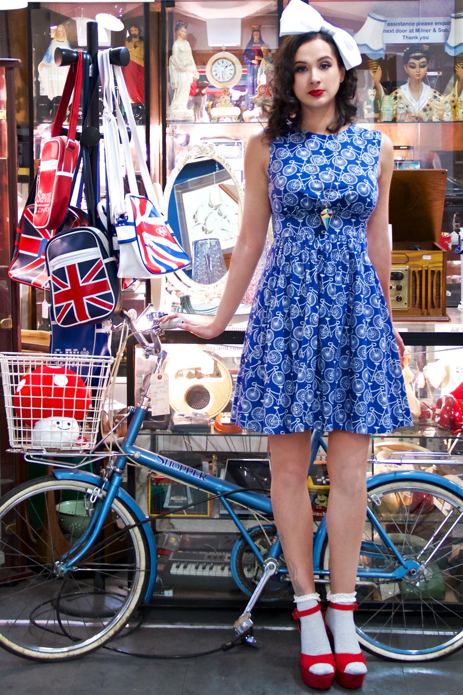 bike blue.jpg