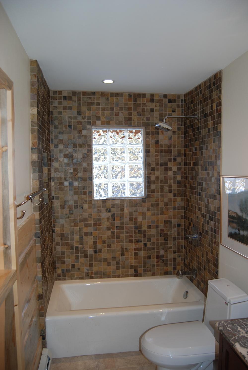 bathrooms 20.jpg