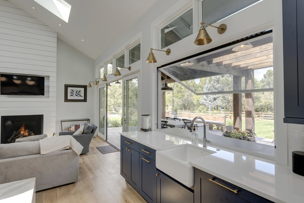 20-Indoor-Outdoor Kitchen.jpg