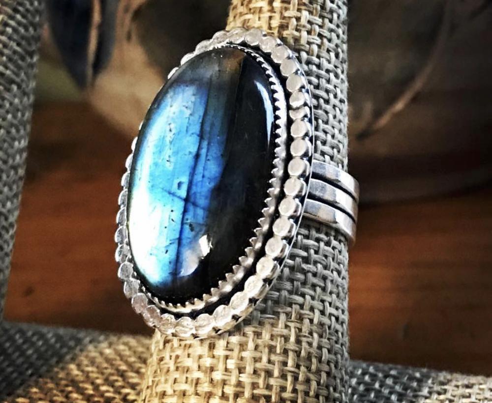 Blue i Designs